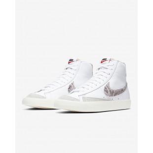 Nike Blazer Mid '77 VNTG We...