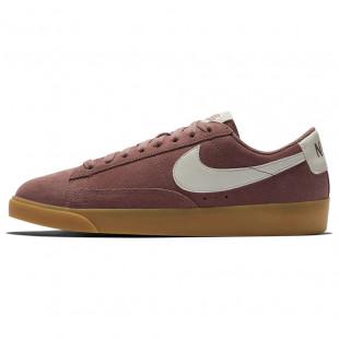 Nike Wmns Blazer Low Suede...