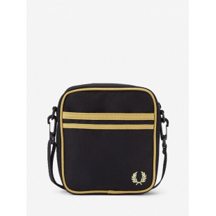 Fred Perry Twin Tipped Side...
