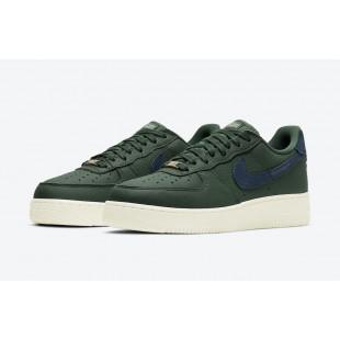 Nike Air Force 1 '07...